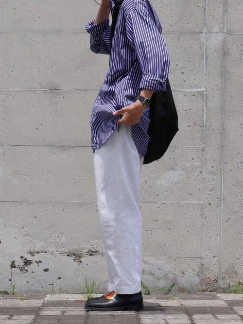 男の夏コーデ:ストライプシャツ