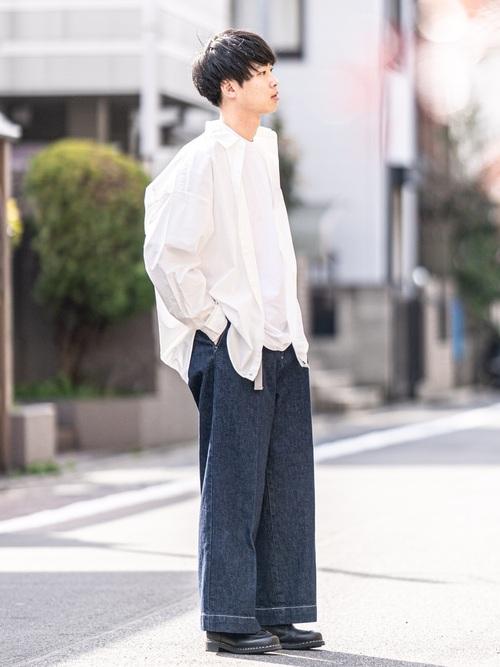男の夏コーデ:白シャツ